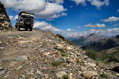 Alpenüberquerung,Offroad Adventure, geführte Reisen, Offroadgelände, Offroad Geländewagen, Abenteuerreisen, Sterne-der-Karpaten, Snow-Track-Romania, Pyrenäen, Online buchen, Offroad Training, Ladies-Training, Karpatenüberquerung, Karpaten-Spezial-Touren