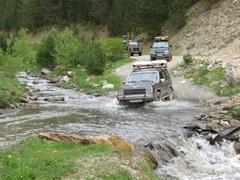 Offroad-Trekking, Pyrenaeen,Polen, Matsch better, Offroad-Touren, Offroad-Reisen, Abenteuerreisen,4x4-Schrauber-Lehrgang