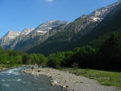 Pyrenäen, Abenteuerreisen