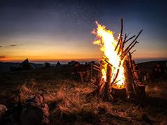 4x4 Camp Feuer, Sterne-der-Karpaten, Snow-Track-Romania, TC Offroad Trekking, Eifel-Offroad-Tour, Toskana Entdecker, Offroad Tour, Offroad Geländewagen, Abenteuerreisen, Pyrenäen, Polen, Online buchen, Offroad-Training, Karpatenüberquerung, Karpaten-Spezial-Touren